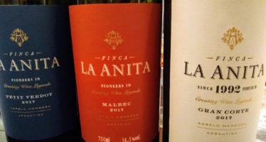 Novamente por aqui os vinhos elegantes da pequena bodega argentina Finca La Anita